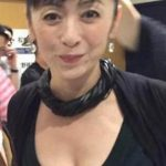 【画像】斉藤由貴(50)ってこんなに爆乳だったのかよwwwwwwwwwwww