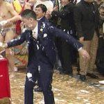 【放送事故】爆笑問題・太田、生放送中に死ぬレベルの転倒【GIF画像】