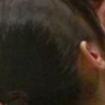 【GIF画像】TOKIO城島の嫁(24)、芸人とベロチューしていた!これはガチでエ□すぎる!!!!