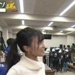 【画像】小島瑠璃子さん、陰キャ男子にデカ乳を見せつけてしまうwwwwwwwww