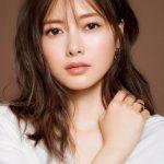 【画像】白石麻衣とかいう日本で一番可愛い女の肉体をご堪能下さい