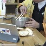 【画像】よゐこ濱口さん、YouTubeで嫁とイチャラブ生配信をしてしまうwwwwwwwwww