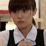 【画像】深田恭子さん、お●ぱいがデカすぎてボタンが取れてしまう!