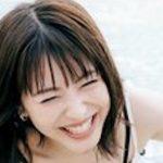 【最新画像】浜辺美波の胸チラが予想以上に抜ける件